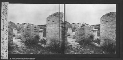 Ostie. Temple d'Auguste et caserne des Vigilii (pompiers)