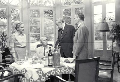 Standfotó a Nyugati övezet című filmből - Film still of Nyugati övezet feature film