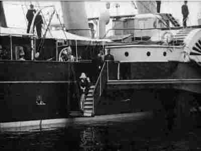 Kong Haakon om Bord paa Dannebrog