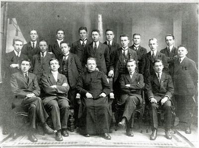 Klein Seminarie Rolduc; Klas Filosofie; nummer 15 is P. Vullinghs