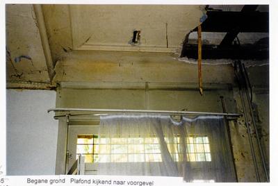 Pand Biest 110 interieur, begane grond, plafond kijkend naar voorgevel
