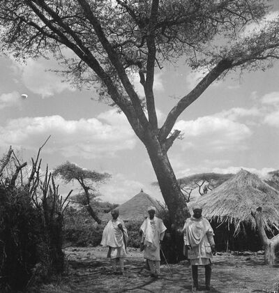 Debra Tabor: Islambiet, case indigene