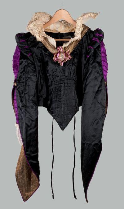 Robe. Kostuum Louise de Coligny.