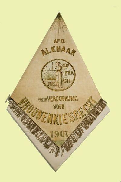 Vaandel. Vereeniging voor Vrouwenkiesrecht, Afd. Alkmaar