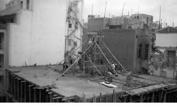 Οικοδομικές εργασίες. Αθήνα, γύρω στα 1935 Έλλη Παπαδημητρίου (ΦΑ_19_593)