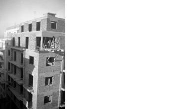 Οικοδομικές εργασίες. Αθήνα, γύρω στα 1935 Έλλη Παπαδημητρίου (ΦΑ_19_609)
