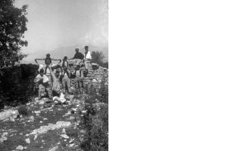 Ομαδικό πορτραίτο. Γύρω στα 1935 Έλλη Παπαδημητρίου (ΦΑ_19_650)