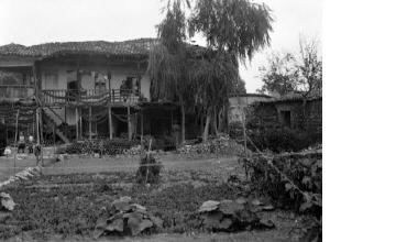 Σπίτι με μποστάνι. Ξάνθη, γύρω στα 1935 Έλλη Παπαδημητρίου (ΦΑ_19_733)