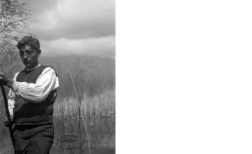 Κυνηγός. Μακεδονία, γύρω στα 1935 Έλλη Παπαδημητρίου (ΦΑ_19_757)