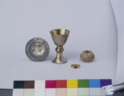 Patene aus dem Grab des Bischofs Osdag (gest. 989)