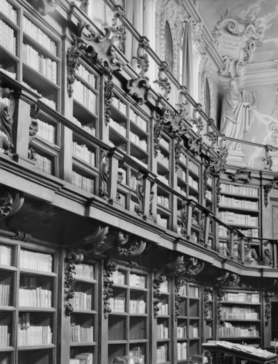 Biblioteca Classense — Aula Magna — Regal