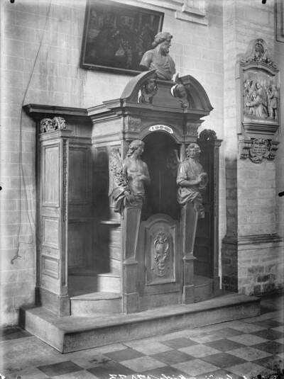 Beichtstuhl des M. van-den-Broeck