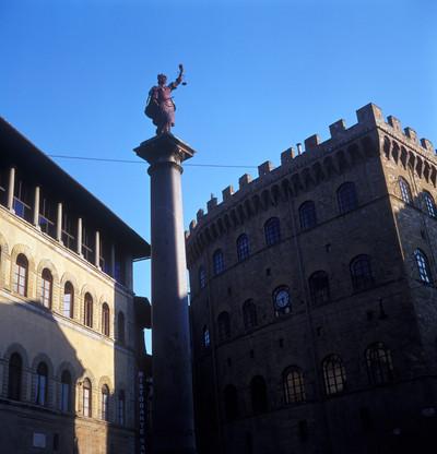 Colonna della Giustizia — Justitia