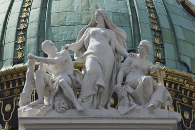 Allegorien der Weisheit, Gerechtigkeit und Stärke