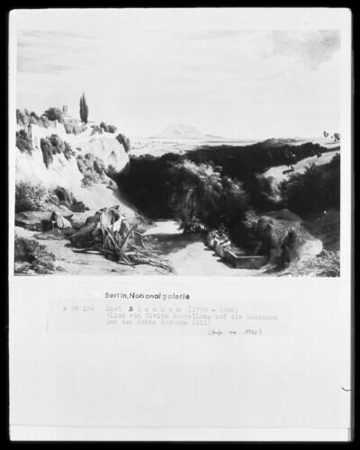 Blick von Civita Castellana auf die Campagna und den Monte Soracte