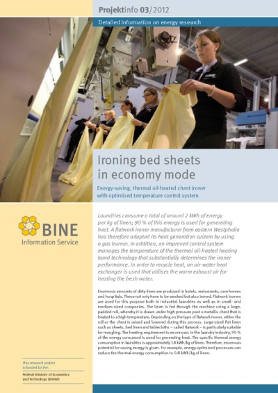 Ironing bed sheets in economy mode. Energy-saving, thermal oil-heated chest ironer with optimised temperature control system.