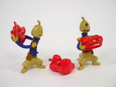 Twee Disney figuren met één oog op 3 pootjes en viewmaster en 1 miniatuur viewmaster