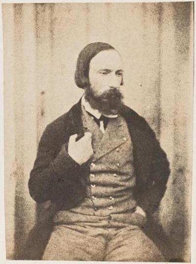 tirage photographique ; Autoportrait de face, la main droite au revers de la veste