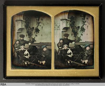 Bildnis eines Vaters mit seinen drei Kindern