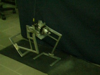 Video of biped robot with Chebyshev mechanism