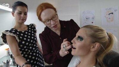 La artista del maquillaje Yasmin Heinz