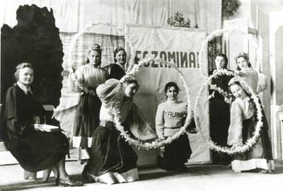 """Choreografinis vaizdelis """"Sapnas pavasarį"""". 1956"""