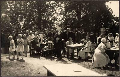 Nežinomas XX a. I p. fotografas. Pirmasis Klaipėdos krašto lietuvių apsilankymas Kaune. 1921-05-15