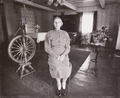 Ryžiškės kaimo žmonės. Leokadija Černiauskienė. - 2002