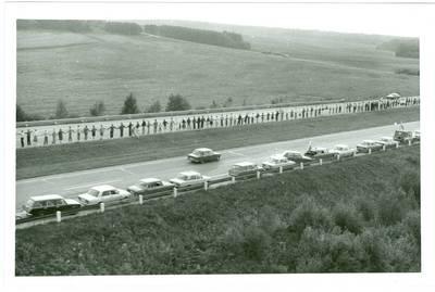Nežinomas autorius. Baltijos kelias. Lietuva. 1989-08-23