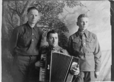 Nežinomas autorius. Lietuviai tremtiniai Jakutske. 1949