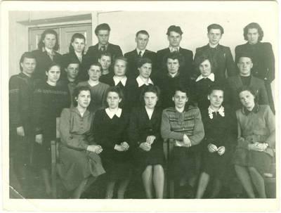 Nežinomas autorius. Lietuviai tremtiniai Jakutsko universitete. 1955