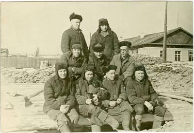 Nežinomas autorius. Tremtinių statybininkų brigada. 1954