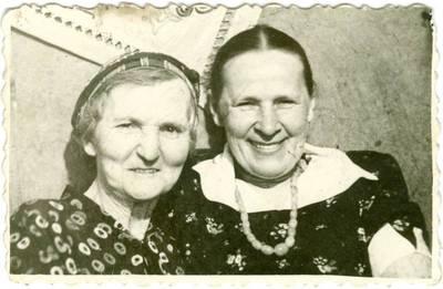 Nežinomas autorius. Tremtinio Mindaugo Babono motina su drauge Vorkutoje. 1955