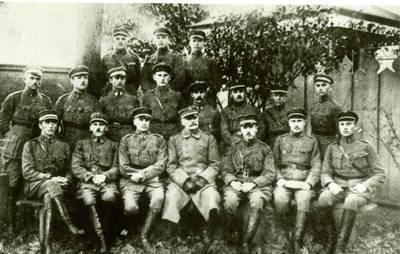 Nežinomas autorius. Lietuvos karo mokyklos karininkai. 1926