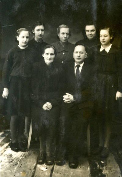 Juozas Karazija. Fotografija 21154. 1955
