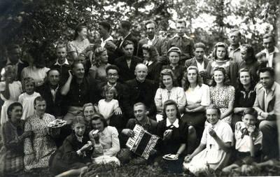 Juozas Karazija. Fotografija 21209. 1948-10-20