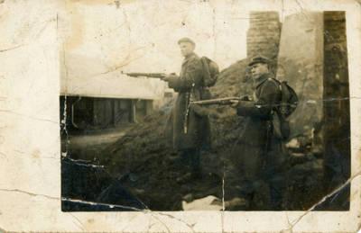 Nežinomas fotografas. Lietuvos kariuomenės autokuopos kariai pratybose Šančiuose. 1927