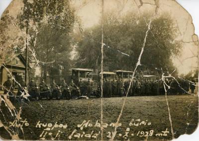 Nežinomas fotografas. Lietuvos kariuomenės autokuopos  mokomojo būrio 2-oji laida. 1928-10-24