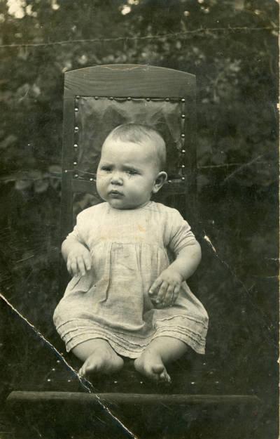 Nežinomas fotografas. Kūdikio portretas. 1930