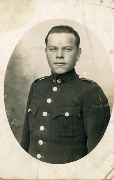 Nežinomas fotografas. Lietuvos karo aviacijos karys Juozas Sabaitis. 1930