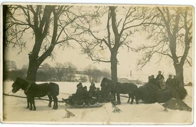 Lazaris Daninas. Šauliai Kelmėje prie Vilbėno užtvankos. 1940