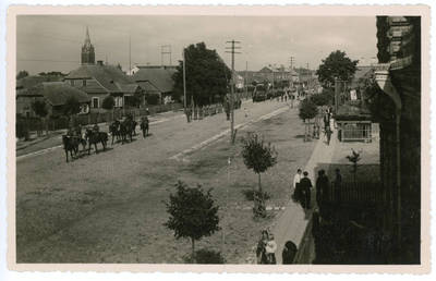 I. Rukas. Garbės paradas Kelmėje, Antano Smetonos 60-mečio proga. 1934