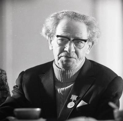 Telepatas Volfas Mesingas / Bernardas Aleknavičius. - 1971