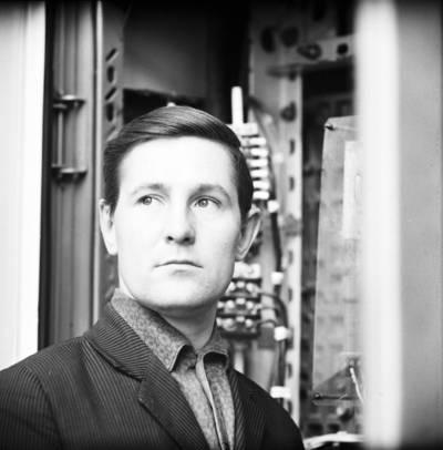 Vakarų laivų remonto įmonės darbuotojas. Klaipėda / Bernardas Aleknavičius. - 1973