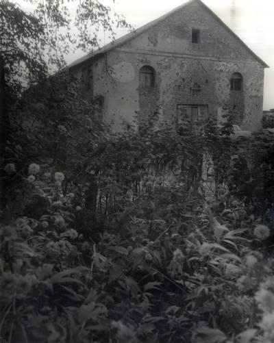 Čia pamokslus sakydavo Kristijonas Donelaitis. Pavienė nuotrauka / Bernardas Aleknavičius. - 1986