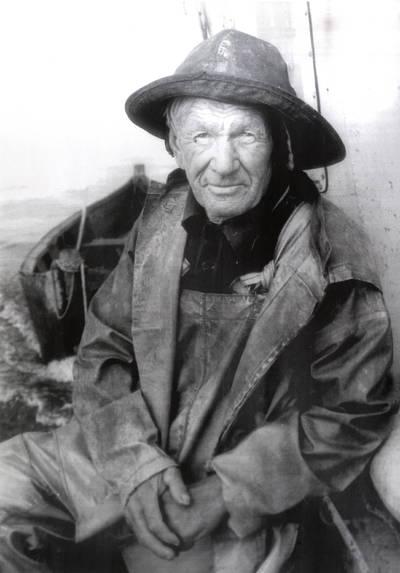 Žvejas Martynas Gelžius. Portretinė nuotrauka / Bernardas Aleknavičius. - 1976