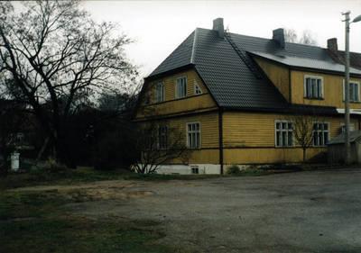 Zigmas Kalesinskas. Dalios ir Zigmo Kalesinskų liaudies amatų mokykla. 2000