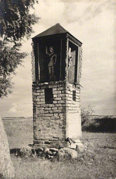 Adomas Varnas. Rinkinys Adomo Varno fotorinkinys. Koplytėlė. 1926
