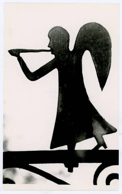Mečislovas Sakalauskas. Trimituojantis angelas. 1964