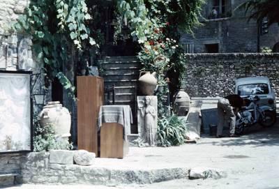 Prano Gudyno kelionės nuotrauka: Asyžiaus (Italija) miesto gatvė. 1965